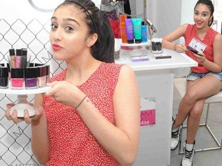 Lourdes Maria Ciccone Linea Makeup Material Girl Foto