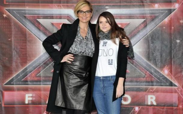 Foto Simona Ventura con la vincitrice di X Factor 5 Francesca Michielin