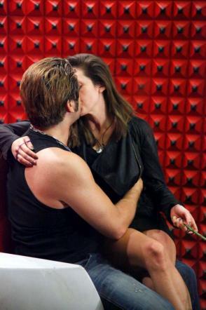 Foto di Ilenia e Patrick nel confessionale