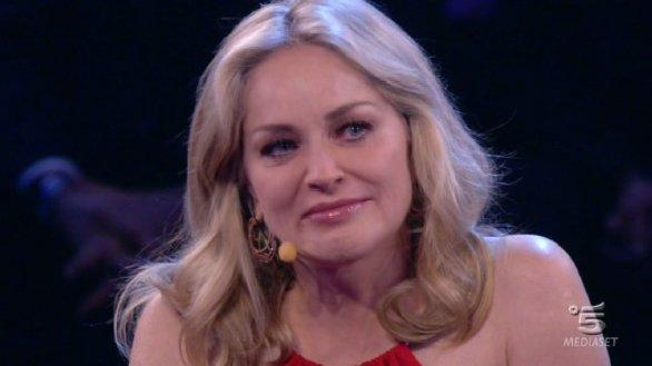 Amici lacrime Sharon Stone per Alessandra Amoroso