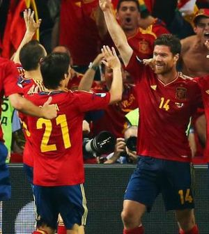 Foto-esultanza-giocatori-spagna-euro-2012