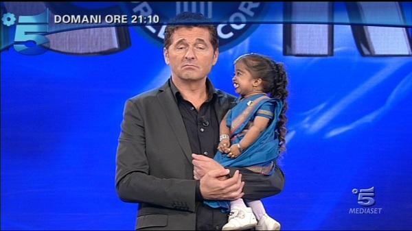Teo Mammucari conduce Lo show dei record