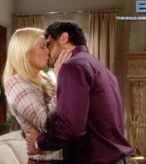 brooke-bil-insieme-bacio