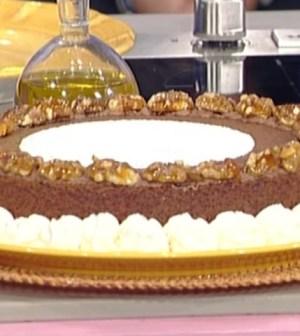 La prova del cuoco: torta alle noci di Sal De Riso
