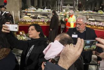 Padre Pio a Roma, tra lacrime e selfie | #politicamentescorretto