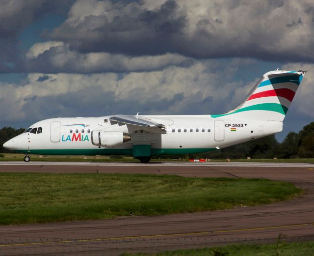 An Avro RJ85 operated by Lamia which crashed on approach to Medellin while carrying 81 passengers and crew including Brazilian football team Chapecoense is seen in a file picture taken in Norwich, Britain on September 25, 2015. Only 5 people are known to have survived the crash.  REUTERS/Matt Varley  NO ARCHIVES. NO SALES. FOR EDITORIAL USE ONLY. NOT FOR SALE FOR MARKETING OR ADVERTISING CAMPAIGNS.