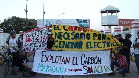 Ciclistas recorrieron Maracaibo en repudio al decreto 1606.