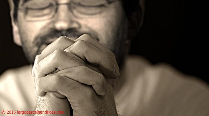 man_pray_jpp
