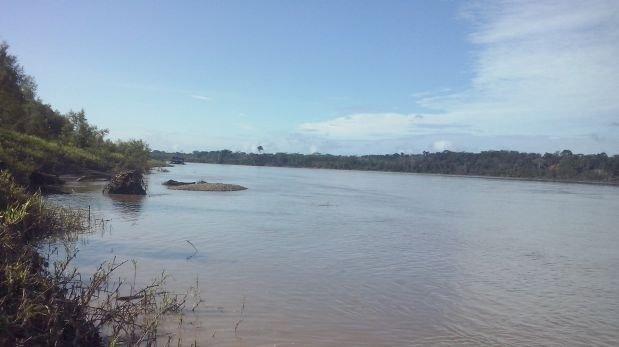 Draga operaba a orillas del río Madre de Dios, en Puerto Túpac Amaru. Foto: Manuel Calloquispe