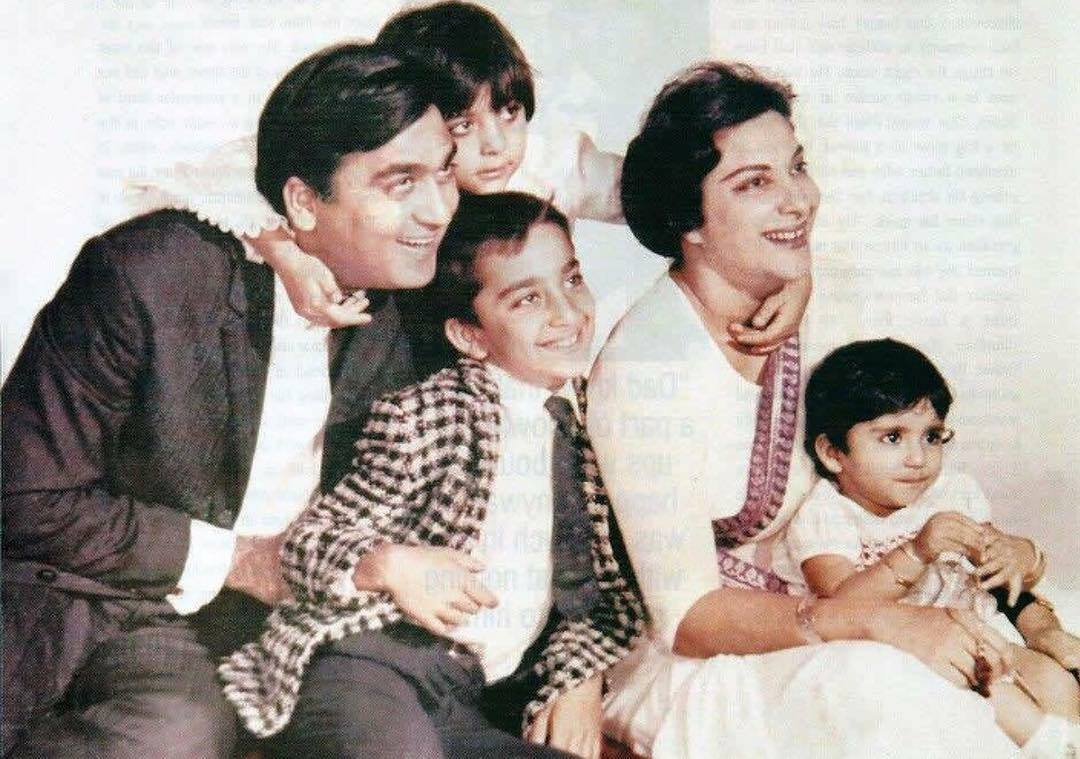 Sanjay Dutt     a real life family portrait with parents Sunil Dutt     Sanjay Dutt     a real life family portrait with parents Sunil Dutt   Nargis