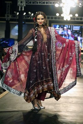Bridal collection by Deepak Parwani12-Latestasianfashions.com