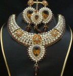 Kundan necklace for bride