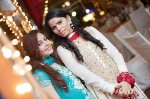 pakistani formal shalwar kameez for girls