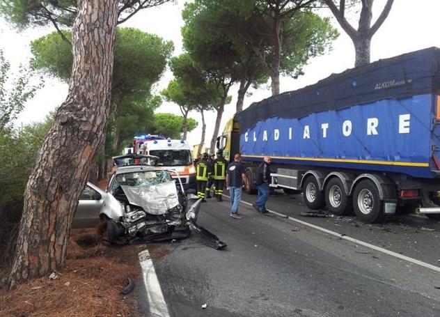 incidente-appia-vigili-fuoco-latina-959244226