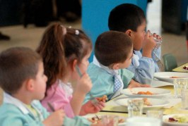 Cisterna, prorogato al 7 ottobre il termine per l'iscrizione alle mense scolastiche
