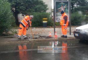 strada-allagata-maltempo-operai-latina24ore