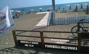 passerella-m5s-latina-mare