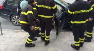 vigili-fuoco-auto