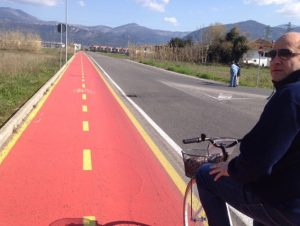 ecotour-ninfa-caetani-bicicletta