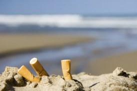 Spiagge pulite, i volontari di Legambiente a Scauri