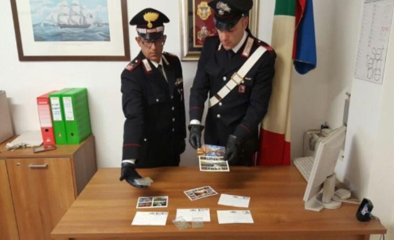 cartoline-droga-carabinieri-latina
