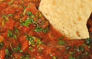 Super Easy Salsa and My First Giveaway!!