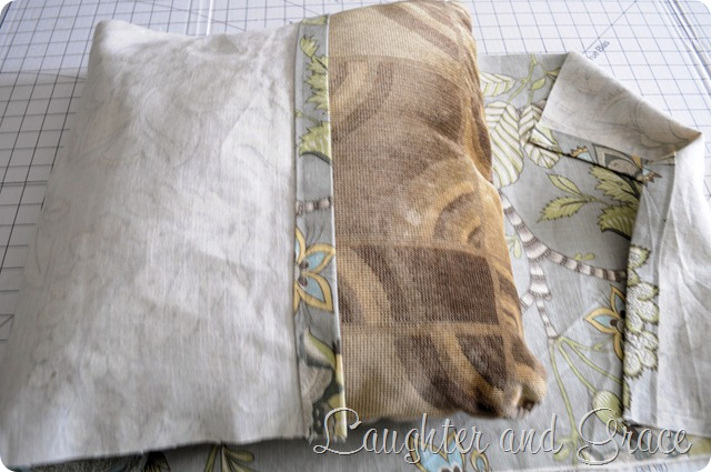 Envelope Pillow 6