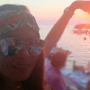 Galilea presume fotos en mini-bikini durante sus vacaciones en Europa