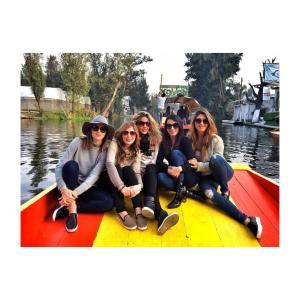 Disfrutando del lunes!!!! friends turisteando xochimilco celinaramiski monicaureta katiamatar alvarezelizondo