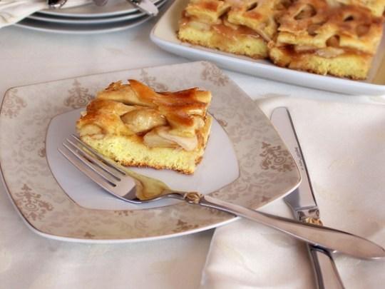 Prajitura cu mere cu foietaj de casa