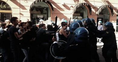 Renzi, dopo Catania anche a Palermo qualche manganellata