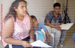 Autoridades niegan apoyo a familia abandonada en Tantoyuca
