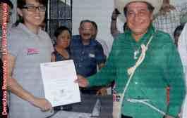 Recibe Manuel Francisco su constancia de mayoría que lo acredita como Diputado local electo por Tantoyuca