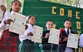 Alumnos de primaria muestran sus talentos en concurso de oratoria en Tantoyuca