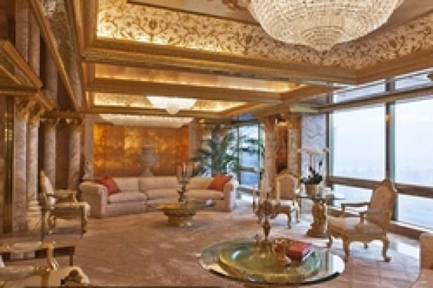 كل غرفة لها إطار خاص بتاج من الذهب عيار 24