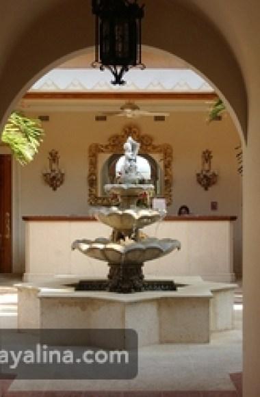 منتجعه في فلوريدا يضم 58 غرفة نوم، 33 حمام، 29 طاولة من الرخام