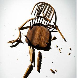 broken-chair-400x400