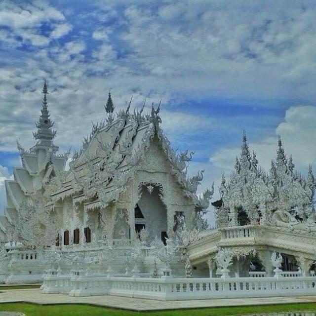 Visite du temple blanc de Chiang Rai oovatu chiangrai thailandhellip