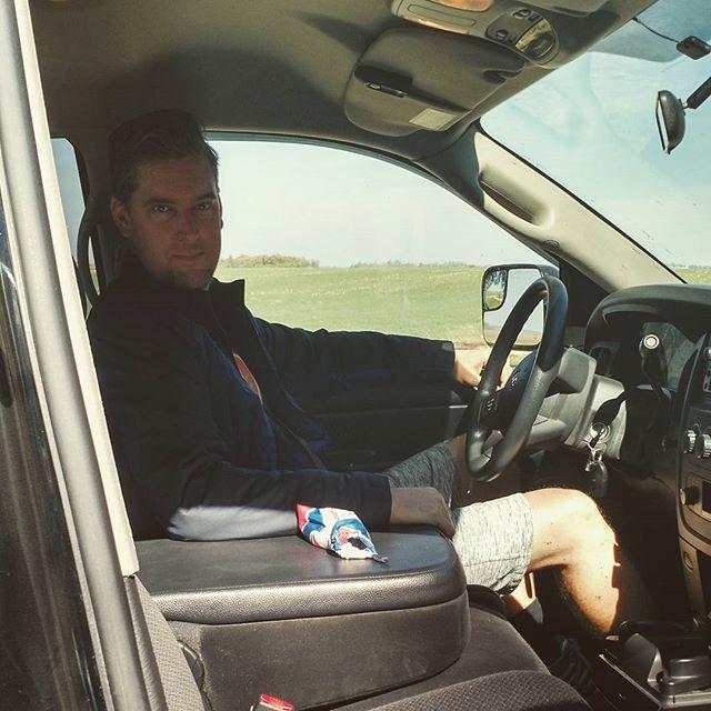Driv'n the truck.  #manlyman