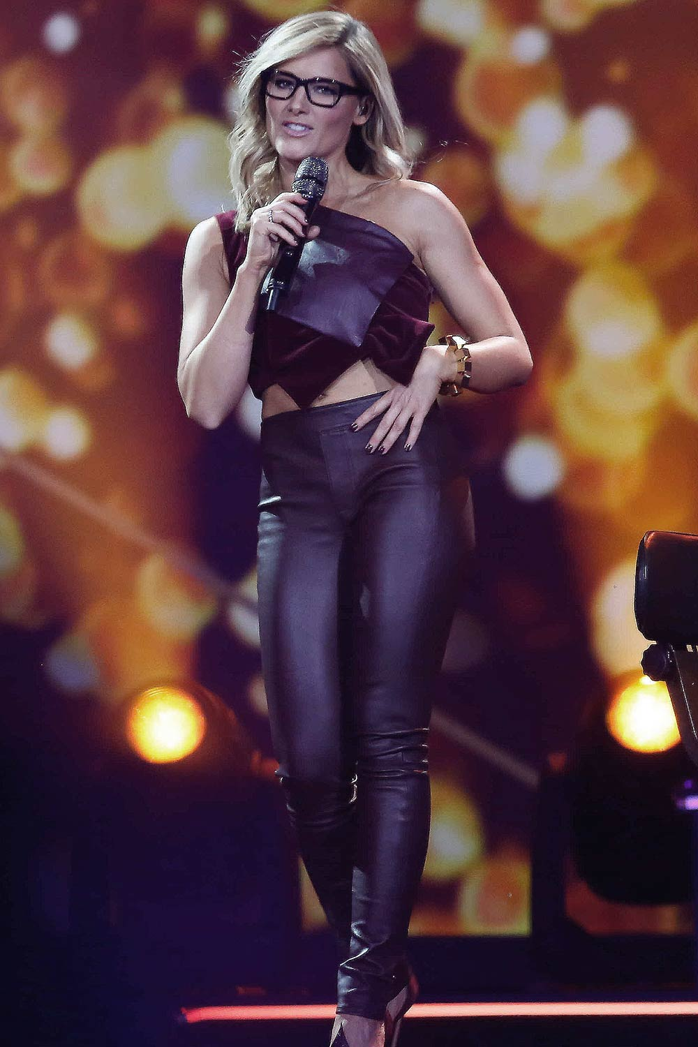 Helene Fischer leather style trends   Leather Celebrities     Helene Fischer performs at Die Helene Fischer Show