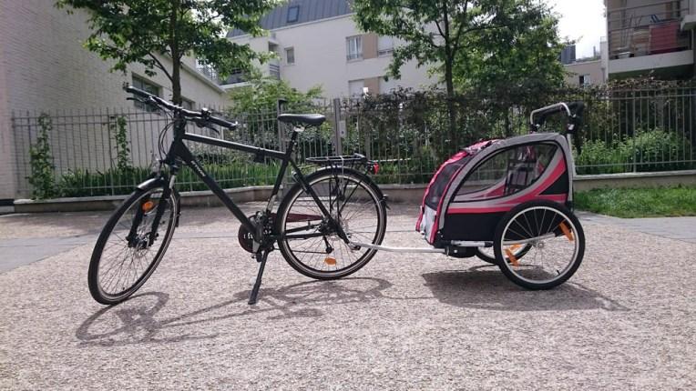 Mon vélo et sa remorque