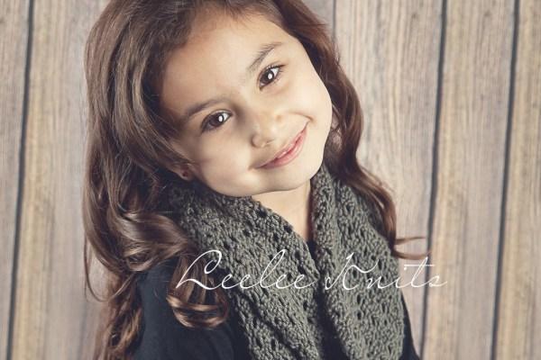 Soft Lace knit infinity scarf pattern