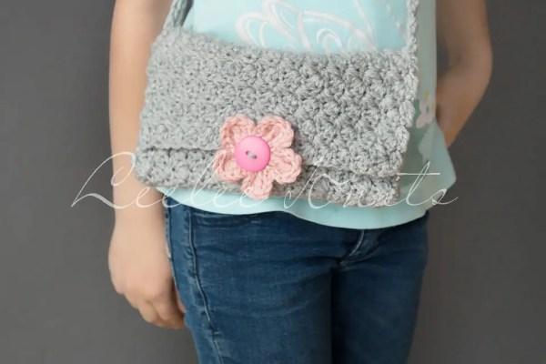 Free Girl's Cross Body Crochet Purse Pattern