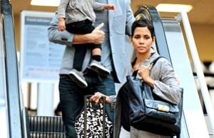 Halle Berry et  Gabriel Aubry quittent Los Angeles. Photo