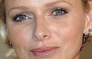 Charlene de Monaco oublie Caroline avec la duchesse de Casto