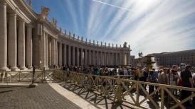 vatican queues