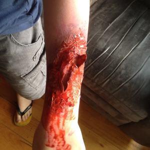 Zombie ripped flesh effect