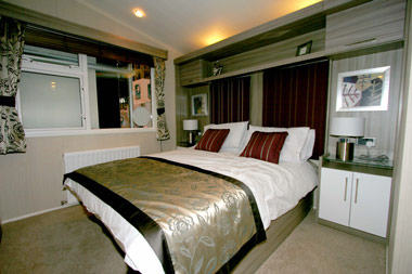 Swift Champagne Lodge Master Bedroom