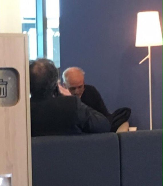 Philippe poutou au salon vip d air france l intox qui for Salon air france orly