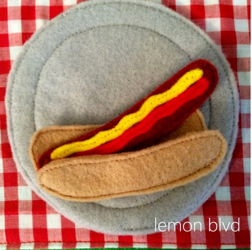 Quiet Book - felt hot dog picnic food - lemon blvd